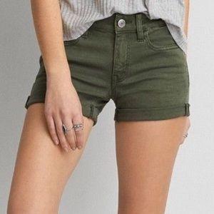 American Eagle Midi Stretch Shorts - Green size 6